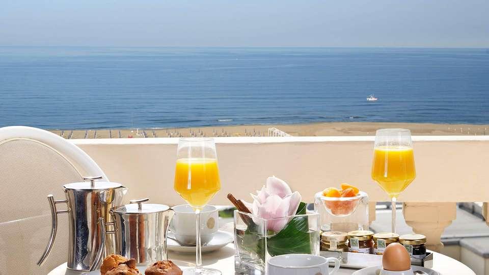 Grand Hotel Principe di Piemonte - EDIT_breakfast3.jpg