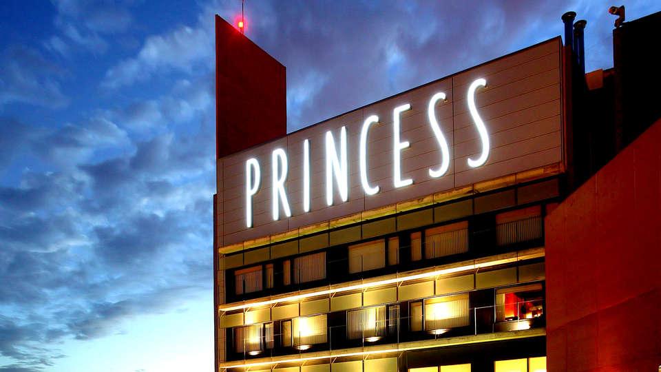 Hotel Barcelona Princess - Edit_Front.jpg