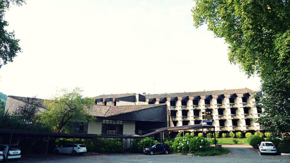 Hotel Baztán - EDIT_front1.jpg