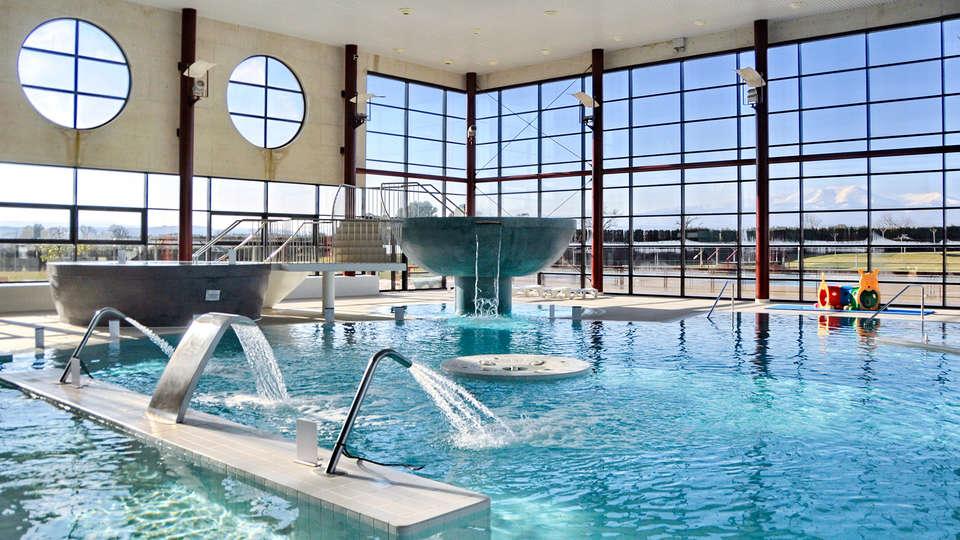 Hotel elVilla Castejón - EDIT_spa.jpg