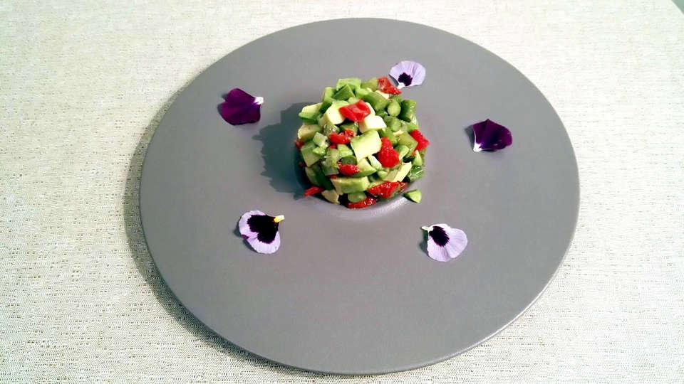 MO.OM Hotel - Edit_Diner.jpg