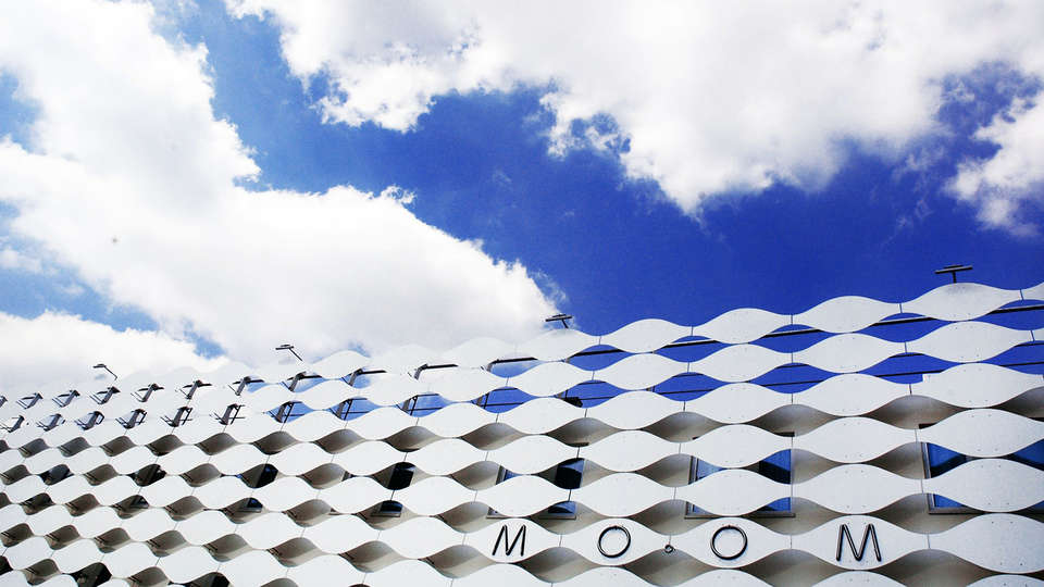 MO.OM Hotel - Edit_Front2.jpg
