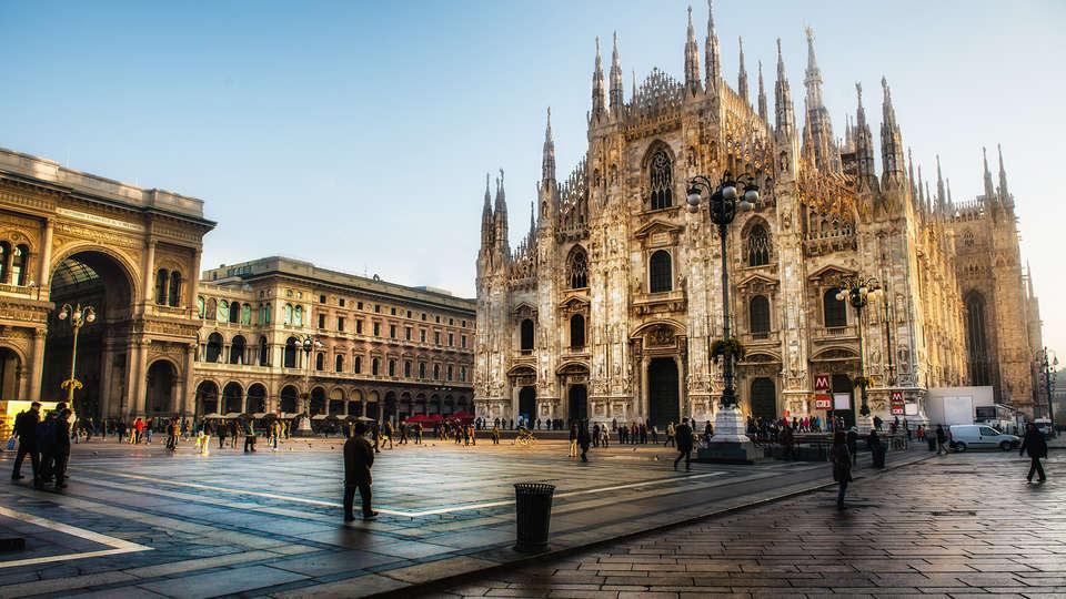 MO.OM Hotel - Edit_Milan.jpg
