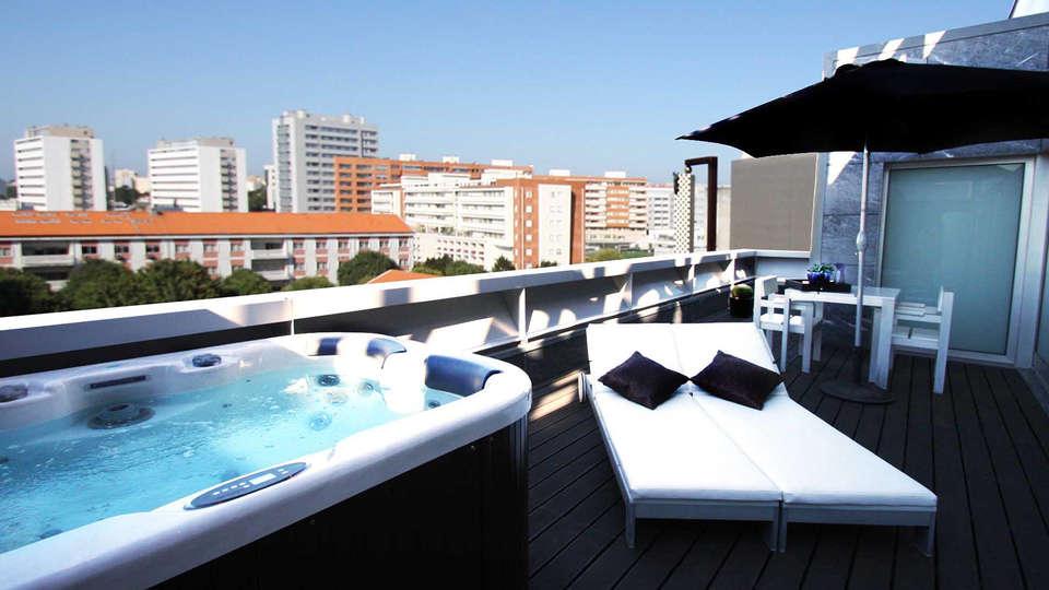 Hotel Bessa Boavista Porto by Ymspyra  - EDIT_terracejacuzzi.jpg