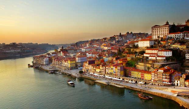 Escapada Enológica con Crucero por el río Duero en Oporto (desde 2 noches)