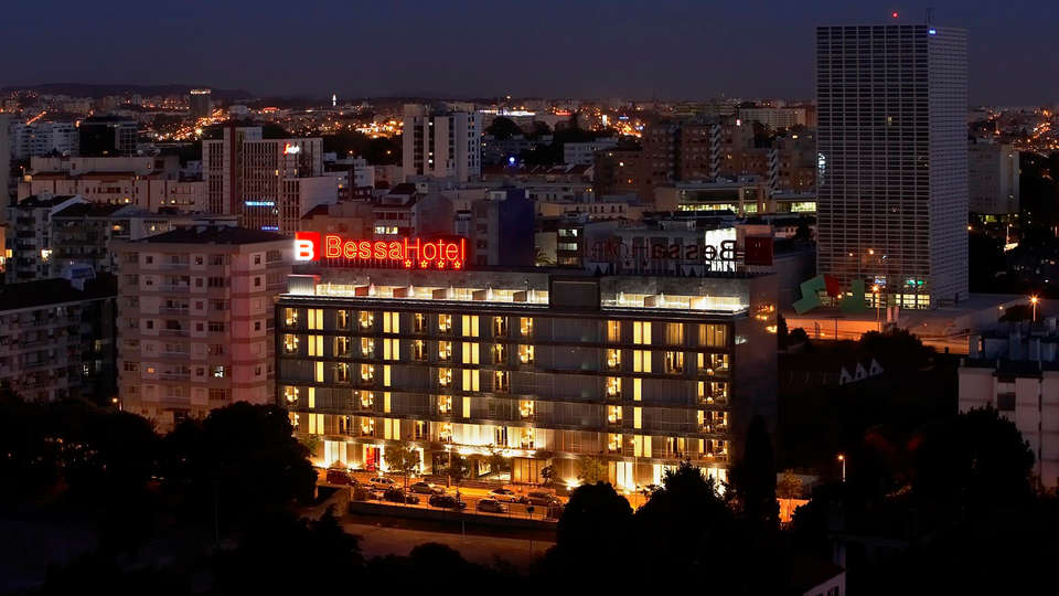 Hotel Bessa Boavista Porto by Ymspyra  - EDIT_front2.jpg