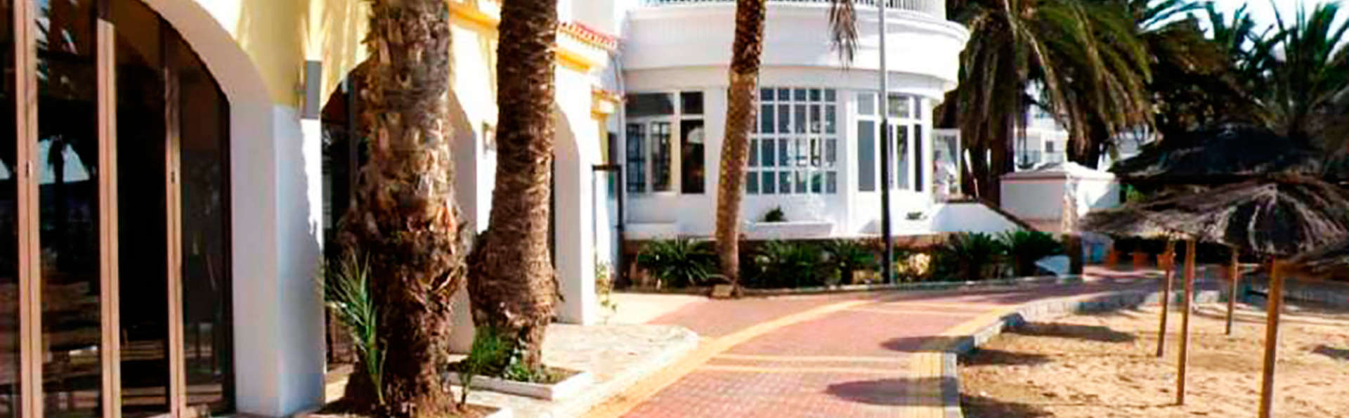 Hotel Calypso - EDIT_exterior.jpg