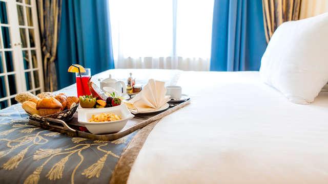 Petit déjeuner possible en chambre