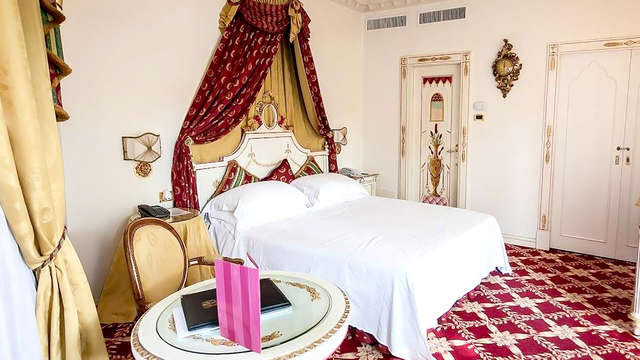 Weekend romantico sul Lago Maggiore con Vasca Idromassaggio e bottiglia di spumante in camera!!