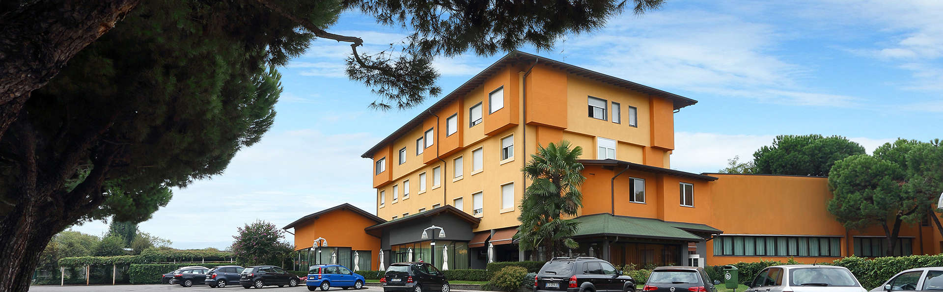 Hotel La Torretta - edit_front.jpg