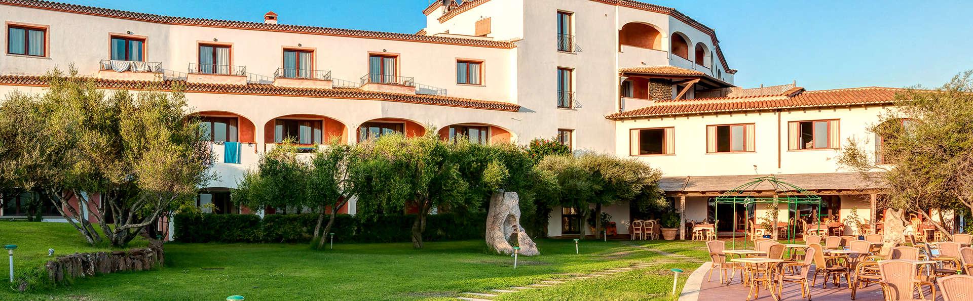 Hotel Alessandro - Edit_Front2.jpg