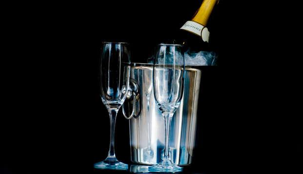 Week-end romantique avec bouteille de champagne en plein coeur de Poitiers