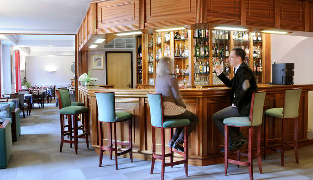Best Western Poitiers Centre Le Grand Hotel - bar