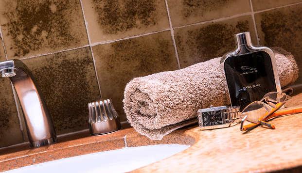 Hotel Club Maintenon - bath