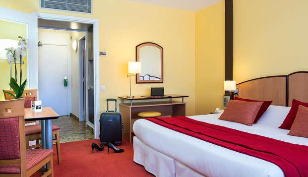 Hotel Club Maintenon - room