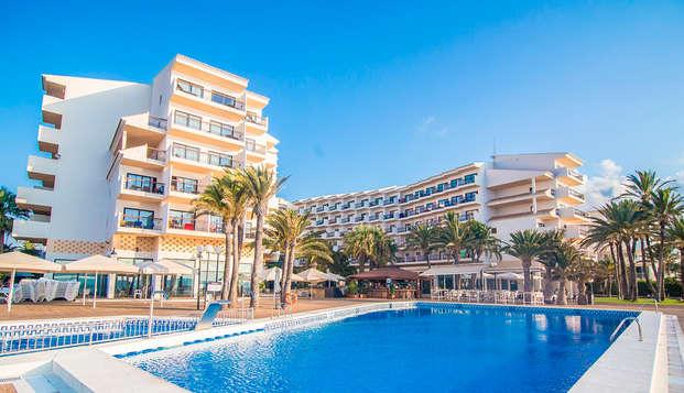 Disfruta de Altea en un Hotel 4* frente al mar con desayuno incluido