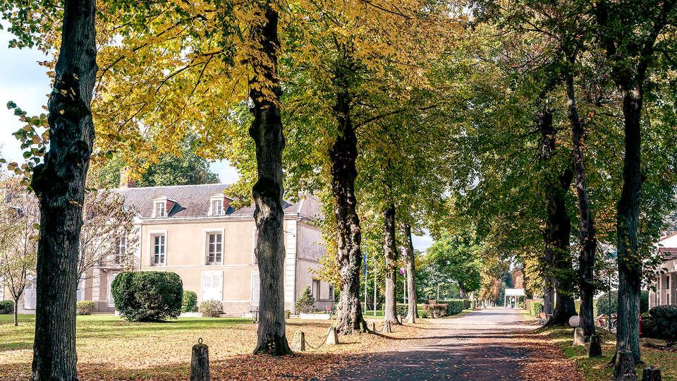 Mercure Demeure De Campagne Parc Du Coudray - Edit_Front4.jpg