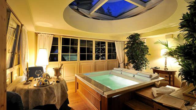 Relax e benessere a 5* in elegante suite con vasca idromassaggio e massaggio incluso
