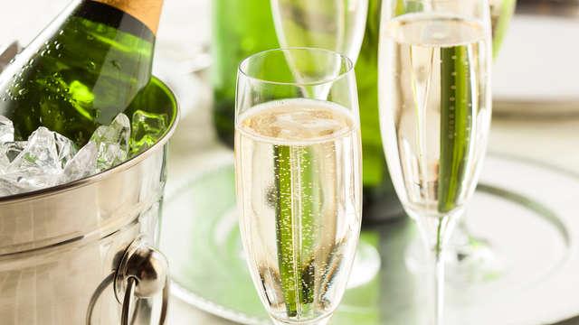 1 Copa de champán para 2 adultos