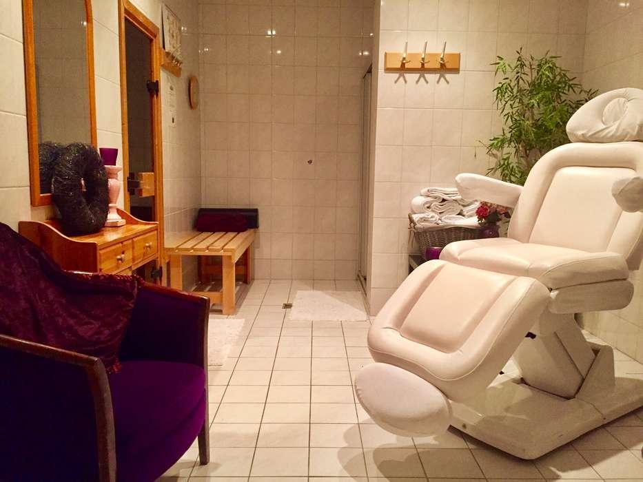 Hotel 't Paviljoen - massage.JPG