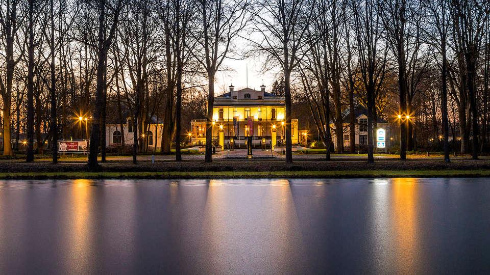 Kasteel de Vanenburg BW Premier Collection - Edit_Front.jpg