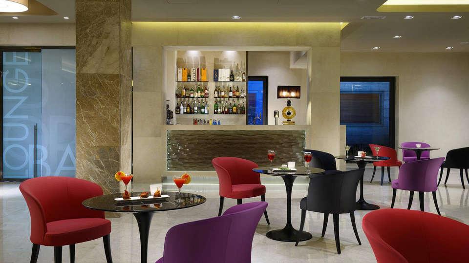 Grand Hotel Mediterraneo - Edit_Bar.jpg