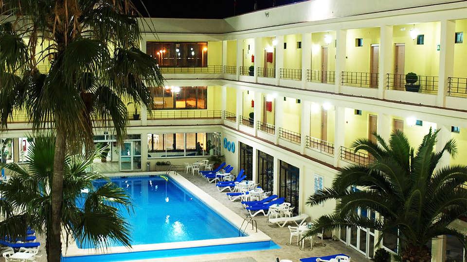 Hotel del Golf Playa - EDIT_pool5.jpg