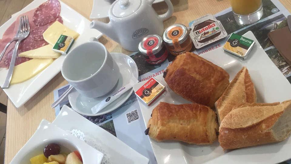 Auberge de la Xaintrie - edit_breakfast1.jpg