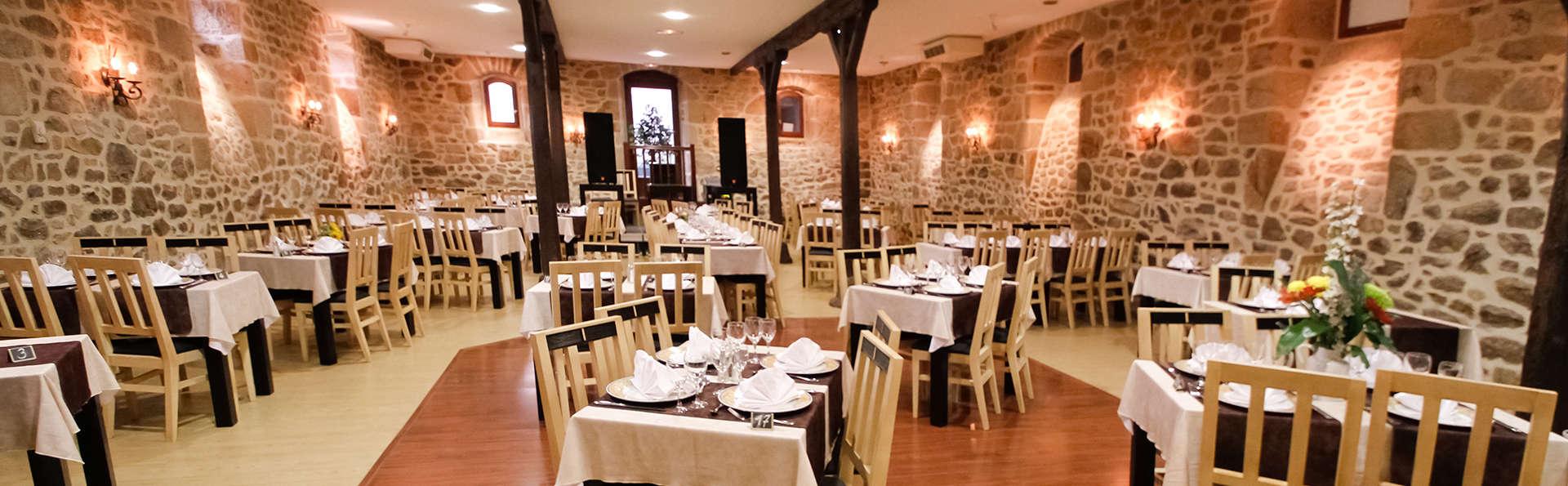 Parenthèse romantique avec spa et dîner dans un hôtel de charme en Corrèze
