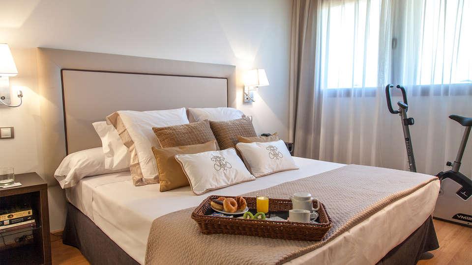 Hotel Dome Las Tablas - EDIT_room1.jpg