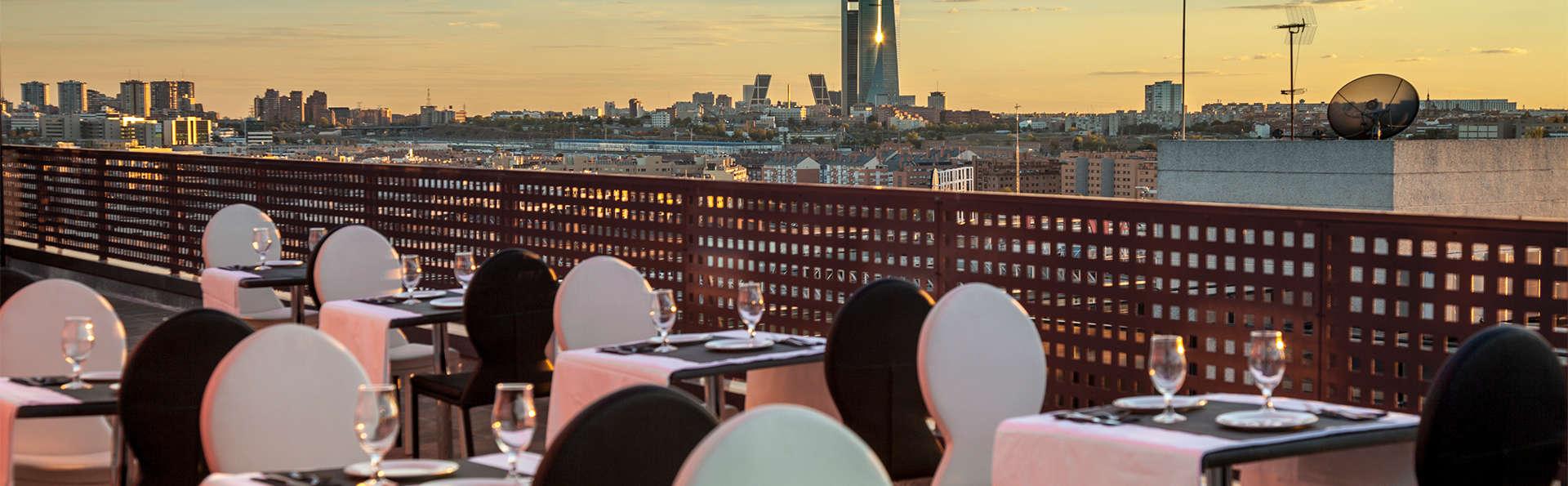 Mini vacaciones en Madrid con cena en restaurante a escoger y parking incluido (desde 2 noches)