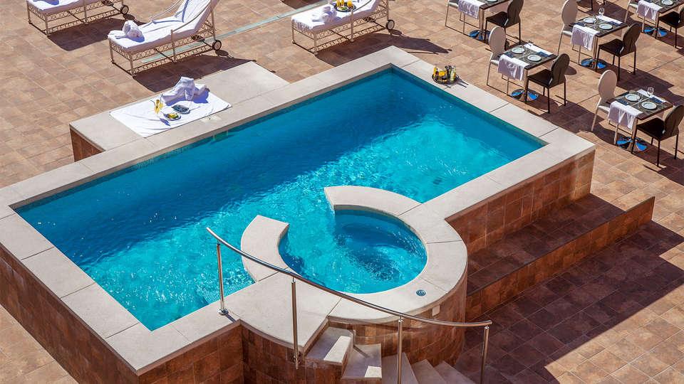 Hotel Dome Madrid - EDIT_terrace3.jpg