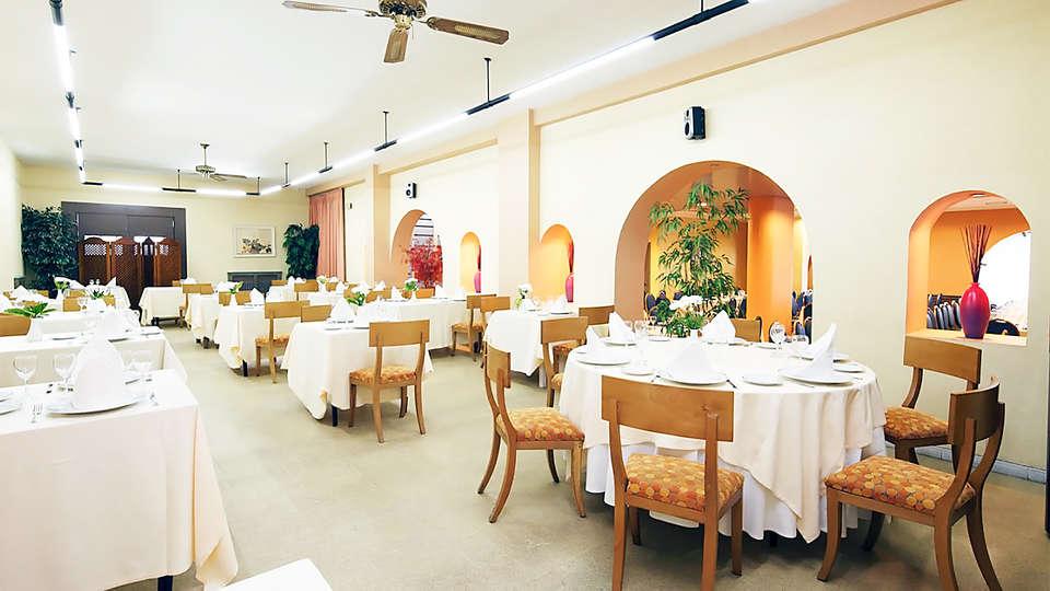 Hotel Spa Congreso - EDIT_rest1.jpg