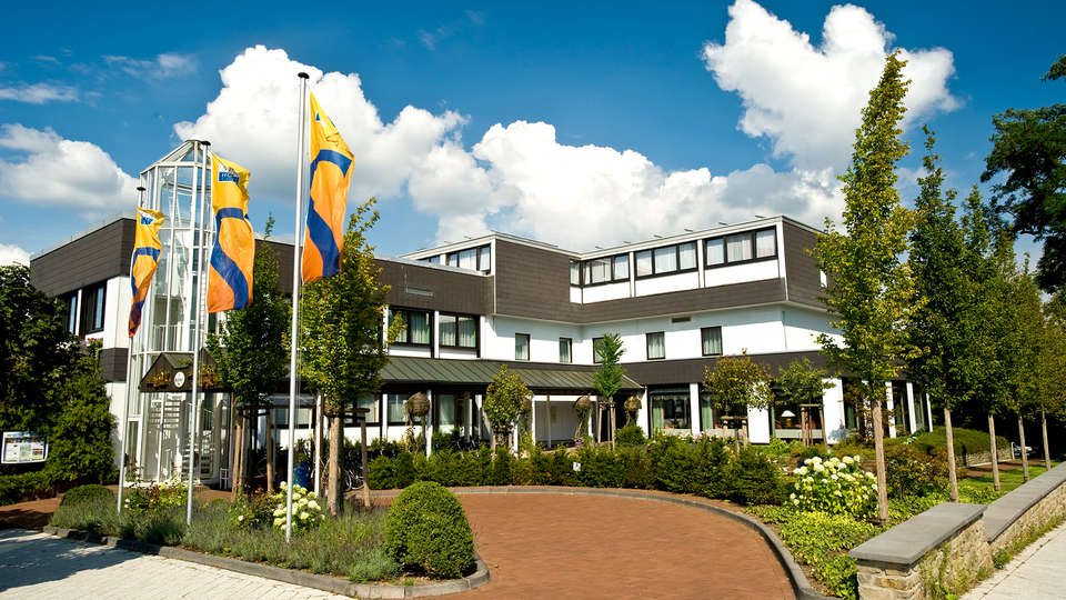 SETA Hotel - Edit_Front3.jpg