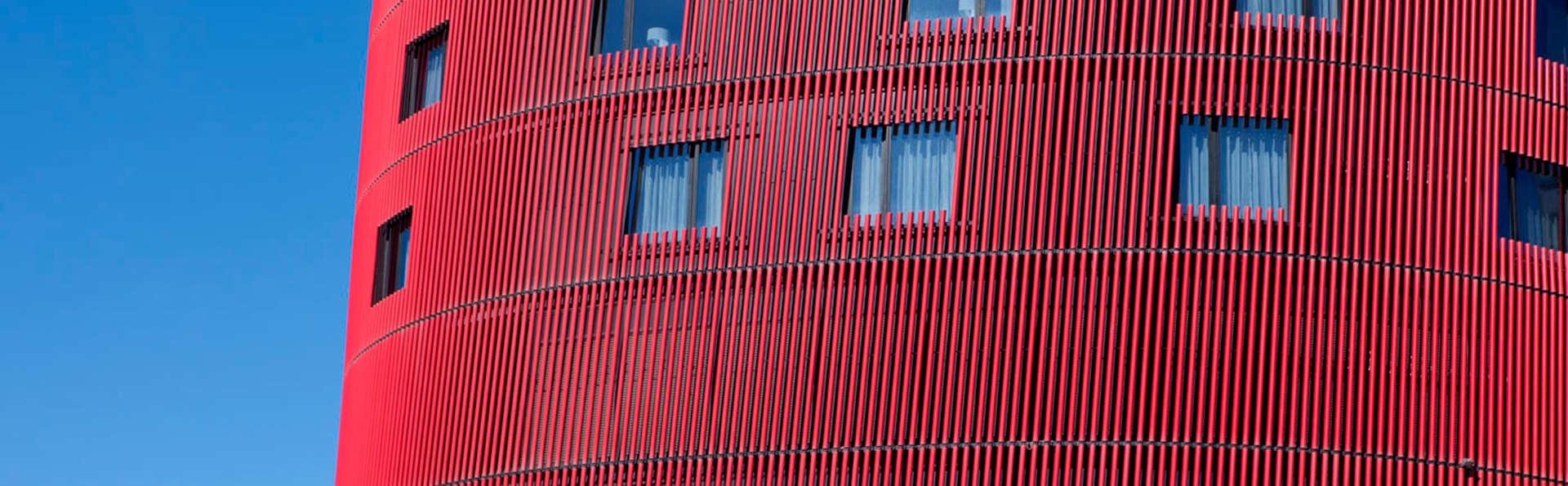 Hotel Santos Porta Fira - EDIT_front.jpg