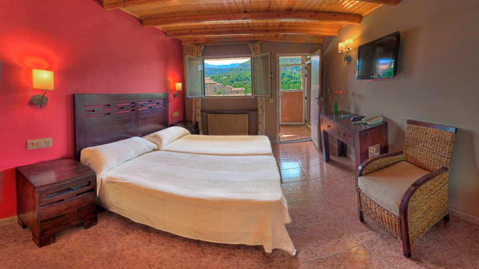 Hotel Casa Custodio - EDIT_room2.jpg
