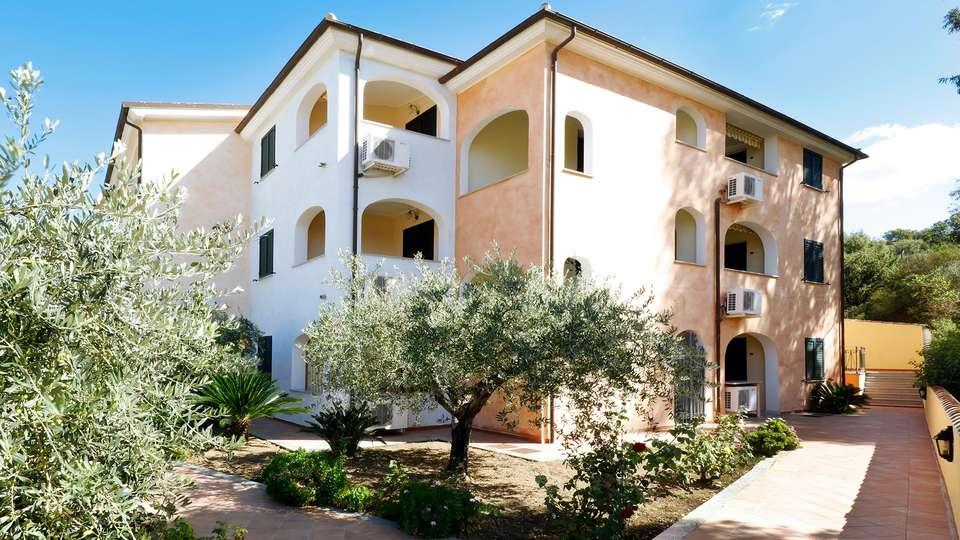 Residence Il Borgo - EDIT_front.jpg