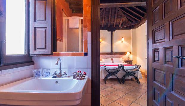 Hotel Casa del Capitel Nazari - bathroom