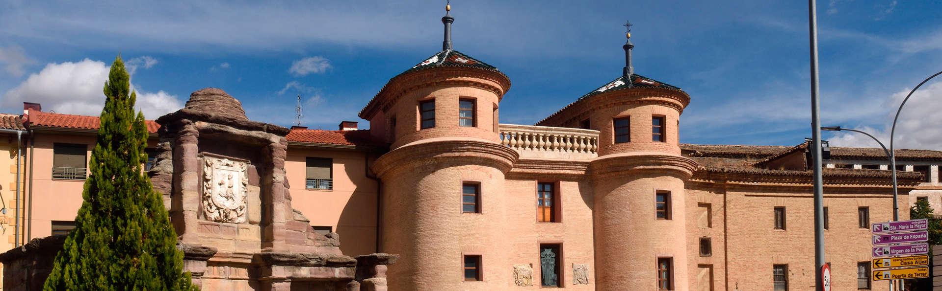 Hotel castillo de ayud 3 calatayud espa a - Castillo de ayud ...
