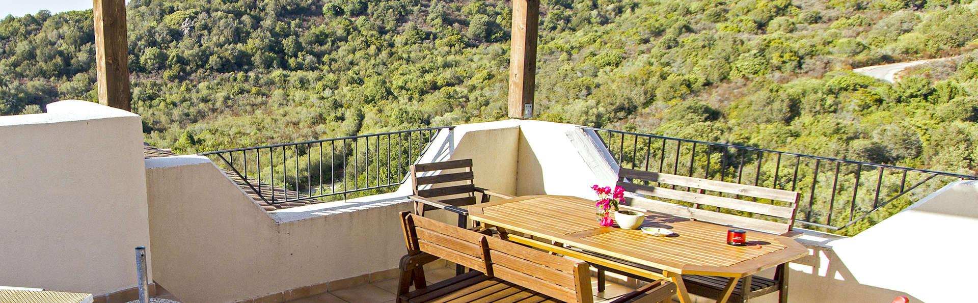 Mer et nature en Sardaigne dans le confort d'un appartement (à partir de 4 nuits)