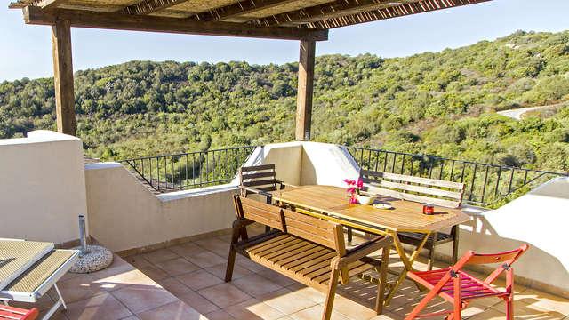 Naturaleza en Costa Smeralda en un cómodo apartamento doble para 4 (desde 2 noches)