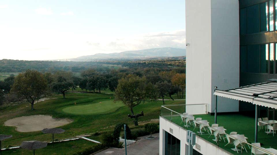Hotel Valles de Gredos - EDIT_view.jpg