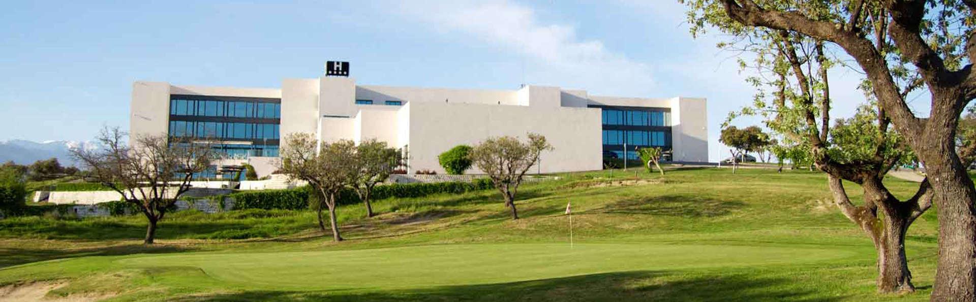OYO Hotel Valles de Gredos - EDIT_front.jpg