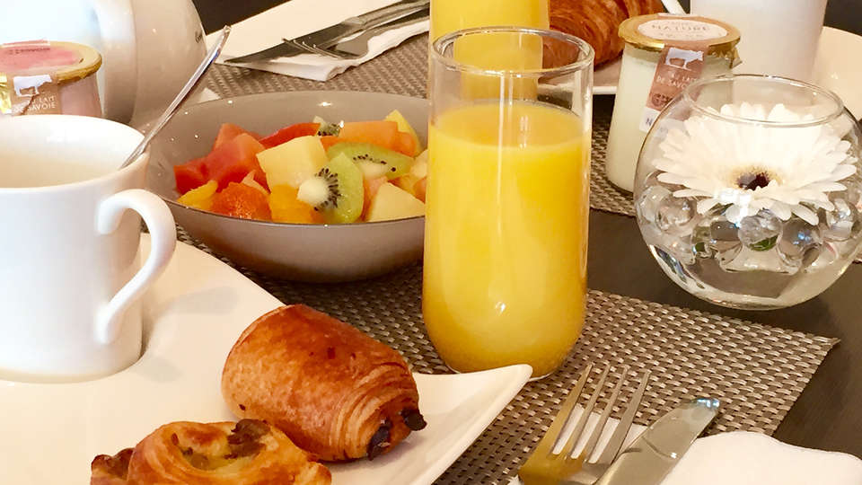 Novotel Blois Centre Val de Loire - EDIT_breakfast.jpg