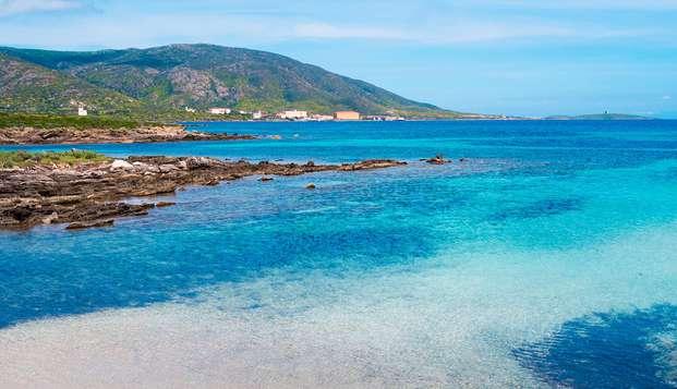Aria di mare sulla costa nord della Sardegna a Badesi con Grimaldi (11 giorni/9 notti)