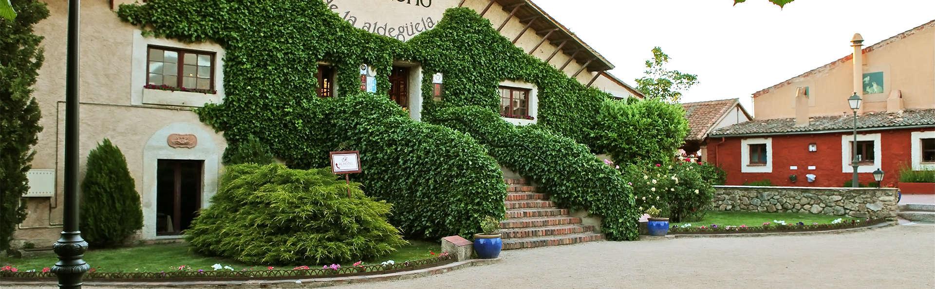 Hotel El Rancho de la Aldegüela - EDIT_facade2.jpg