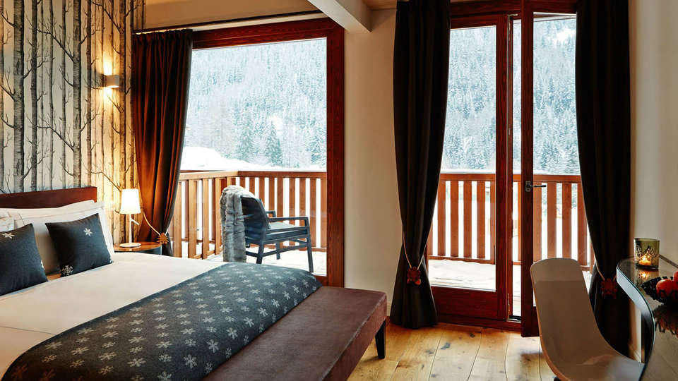Montana Lodge & Spa - Edit_Room3.jpg