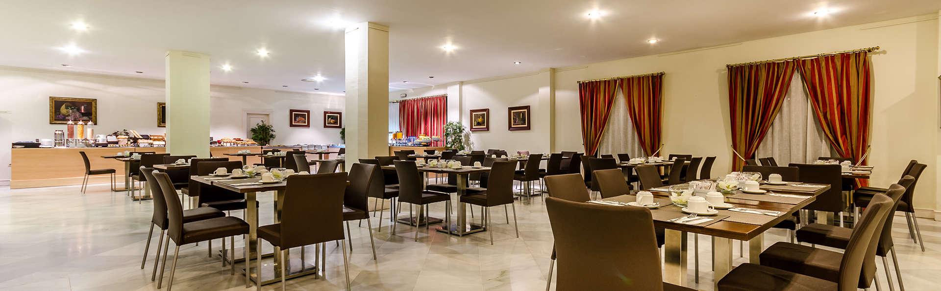 Hotel Exe Guadalete - EDIT_buffet.jpg