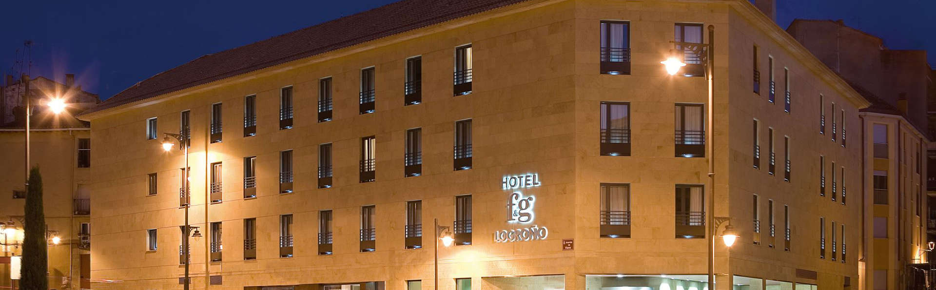 Hotel FG Logroño - edit_front_night.jpg