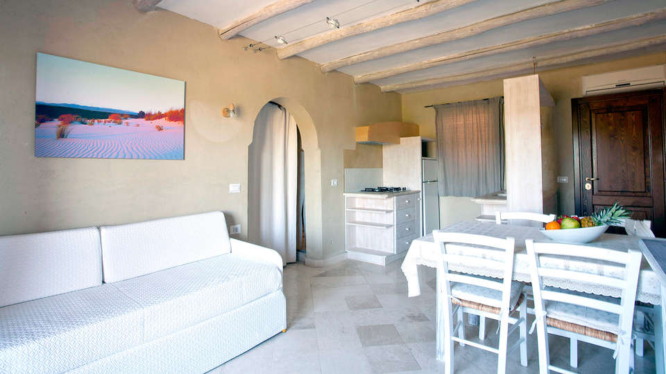 Baia de Bahas Exclusive Resort - Edit_apartment7.jpg